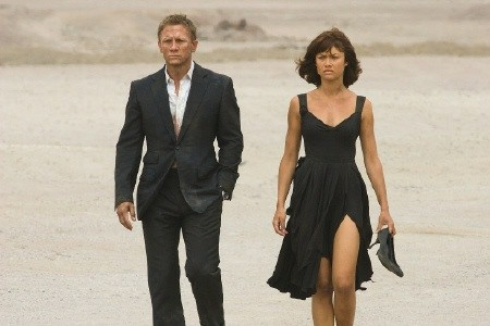 "Daniel Craig and Olga Kurylenko in ""Quantum of Solace"""