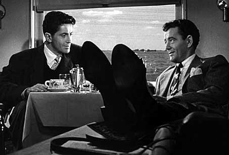"Robert Walker offers a ""killer"" proposition in ""Strangers on a Train"""