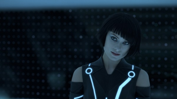 "Olivia Wilde looks good in blue as Quorra in ""Tron: Legacy"".... sooo, Avatar 2, yes?"