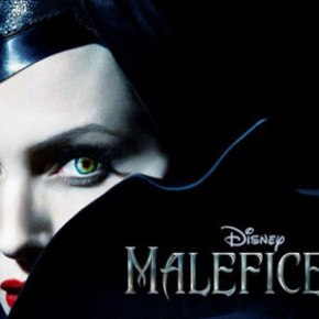 Angelina Jolie Hides in Darkness in 'Maleficent' Trailer