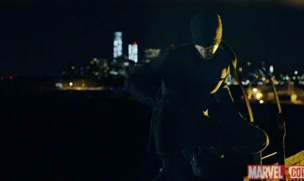 Daredevil-Netflix-Charlie-Cox-Costume-620x370