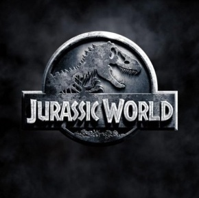 Chris Pratt Takes On Hybrid Dino in First 'Jurassic World'Trailer
