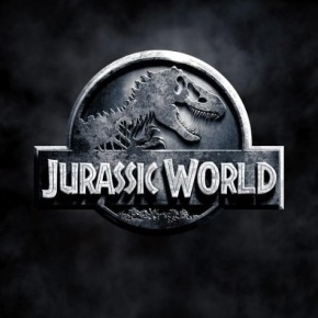 Chris Pratt Takes On Hybrid Dino in First 'Jurassic World' Trailer