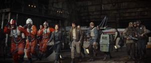 Rogue One: A Star Wars Story L to R: (Felicity Jones) & (Diego Luna) Ph: Film Frame ©Lucasfilm LFL