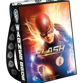 SDCC 2016: Flash, Arrow, Supergirl, Featured on Collectible Bag-packs