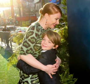 Disney Rolls Out the Green Carpet for 'Pete's Dragon' World Premiere